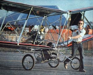 Mike Loehie with his 'Aeroplane' at Sun 'n Fun '82. Photo by Tracy Knauss.