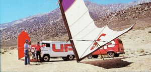 Dragonfly Mk2s in the Owens Valley together with UP's distinctive Wolswagen vans