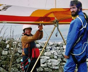 Roly readying to fly assisted by Derek M at Kimmeridge in 1979