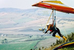 Roly launching from Kimmeridge in a Birdman Cherokee in 1979