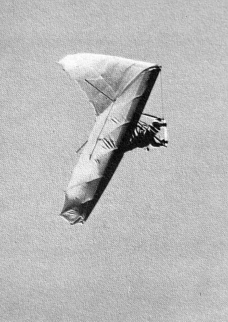 Jim Lee in an Ultralight Products Comet. Photo by Ken Gallard.