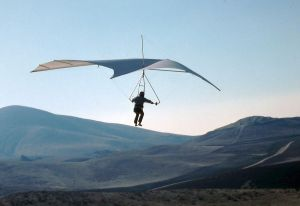 Frank Colver flying the prototype Wills Wing Super Swallowtail
