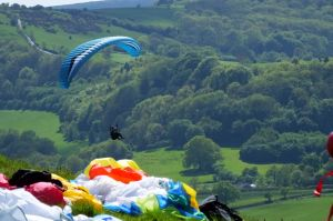 Paragliding at Bell Hill, north Dorset, England, in mid-May 2018