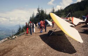 Hang gliders waiting for conditions to improve at Vedder mountain in Fraser valley, British Columbia in 1984. Photo by Jan Kulhavy.
