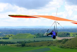 Wills Wing U-2 hang glider flying at Mere, Wiltshire