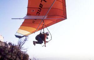 Graeme Bird launches in a Lancer 4 hang glider