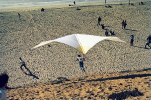 Dick Eipper flying a hang glider at Playa del Rey (Dockweiler Beach) in about 1970. Photo by Doug Morgan.