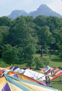 Hang gliders on the lawn at Grandfather Mountain in September 1975