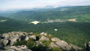 Standard Rogallo hang gliders flying from Grandfather Mountain in September 1974