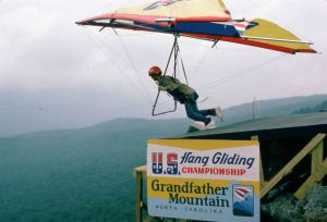 Ultralight Products Dragonfly launching at Grandfather Mountain in September 1975