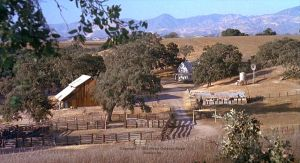 Farm in the Salinas valley: Screenshot from 'Of Mice and Men', MGM 1992